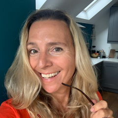 Lisa Barrett Guest Post Author for Scope Eyecare